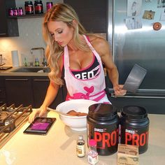 Call me an old women but I love to bake! I have to admit, I have such a weakness for sweet foods but I love that I am able to substitute flour with my #SHREDZ protein! With a little creativity - I can make all kinds of goodies... #PaigeHathaway