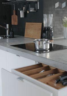 DIY Concrete Countertops - Esmeralda's Kitchen Backsplash, Kitchen Cabinets, Kitchen Appliances, Kitchen Dining, Kitchen Decor, Kitchen Ideas, Diy Concrete Countertops, Beautiful Kitchens, Kitchen Interior