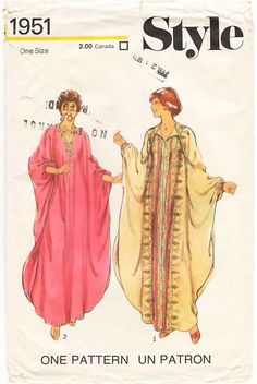 Style Misses& Caftan. Caftan is cut without seam at shoulder, the lower edge is. Vintage Dress Patterns, Clothing Patterns, Vintage Dresses, Vintage Outfits, Vintage Fashion, Punk Fashion, Diy Fashion, Lolita Fashion, Reina Noor