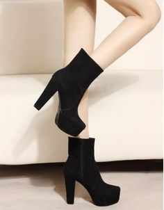 Round Toe Suede Thick Heel Short Boots