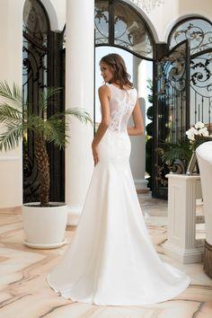 Luxusné svadobné šaty princesového strihu BRENDA Beautiful Outfits, One Shoulder Wedding Dress, Wedding Gowns, Bridal, Fashion Design, Inspiration, Clothes, Bridal Gowns, Boyfriends
