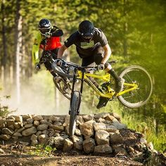 @kylestrait and @peferry shred the South of France in style!  Check out the video and more epic shots on #pinkbike now! : @commencalbikes #mtb