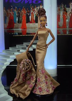 Miss Bahamas 2012 by Ninimomo Dolls - she's beautiful!