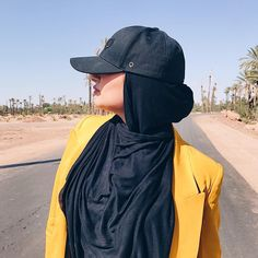 In love with my hijabcap from . I'm ill in bed with a sinus-infection again😭 Street Hijab Fashion, Arab Fashion, Muslim Fashion, Casual Hijab Outfit, Hijab Chic, Hijab Gown, Hijab Style Tutorial, Modele Hijab, Girl Hijab