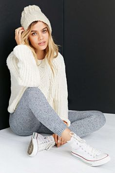 KNITZ By For Love & Lemons Blizzard Legging - Urban Outfitters