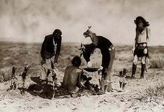 This site presents an incredible photograph of Navajo shaman giving medicine to participant sitting atop blanket used in sweatbath, as two others look on, and a nice collection of historic photos. Native American Tribes, Native American History, American Life, Sioux, Arizona, Navajo Nation, Native Indian, First Nations, Native Americans