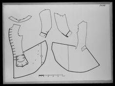 1710-tal. Bildnummer A_2421, mönster. Gäller rock med inventarienummer 31175, bildarkivet Livrustkammaren. Uniformsrock. Pattern.