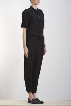 Overalls. Minimal Outfit, Cool Style, My Style, Work Attire, Daily Wear, Wearing Black, Fashion Outfits, Womens Fashion, Playsuit