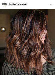 10 Balayage Ombre Long Hairstyles From Subtle To Stunning - . 10 Balayage Ombre lange Frisuren von subtil bis hin zu atemberaubend – 10 Balayage Ombre Long hairstyles from subtle to breathtaking – Copper Hair With Highlights, Chocolate Highlights, Color Highlights, Medium Brown Hair Highlights, Brown Hair With Caramel Highlights Medium, Highlights For Brunettes, Medium Dark Brown Hair, Brunette Hair Color With Highlights, Hair Styles With Highlights