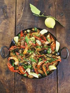This brilliant paella recipe is a total celebration of fresh seafood and Balearic cuisine. Martin Clunes and Jamie Oliver made this paella together on Jamie and Jimmy's Friday Night Feast. Seafood Pasta, Fresh Seafood, Seafood Dishes, Seafood Recipes, Seafood Salad, Chicken Recipes, Rice Recipes, Gluten Free Recipes, Cooking Recipes