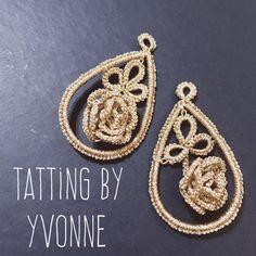"""""""Mi piace"""": 97, commenti: 1 - Alessandra Filippi (@ilfilochiaro) su Instagram: """"#chandelier 7/2018 . . . #ilfilochiaro #tatting #chiacchierino #frivolite #bigearrings…"""" Tatting Earrings, Tatting Jewelry, Diy Earrings, Crochet Earrings, Needle Tatting, Tatting Lace, Tatting Patterns, Creations, Handmade Jewelry"""