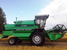 Deutz-Fahr M1080 Harvest Time, Tractors, Agriculture