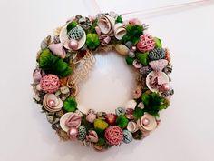 #noridekor Christmas Wreaths, Floral Wreath, Holiday Decor, Home Decor, Floral Crown, Decoration Home, Room Decor, Home Interior Design, Flower Crowns