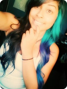 One sided green ombre dip dyed hair idea