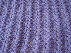 Ponto tartaruguinha: Coloquei 219 pontos na agulha de tricot número 3,5 usando a lã Super Bebê e teci por aproximadamente 70cm. 1ª carr...