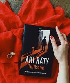 Karheista rikollismaailman kuvauksistaan tunnetun Ari Rädyn uutuusromaani Tulikone kertoo ihmisistä, jotka ovat valmiita tekemään mitä tahansa suojellakseen rakkaitaan väkivaltaisessa ja lohduttomassa maailmassa. nRädyn kirjoissa tumma ja kova maailma yhdistyy herkästi tuntevaan ihmismieleen.nnTulikone on tänään luettavissa kirjana ja äänikirjana.nn#Tulikone Cover, Books, Livros, Livres, Book, Blankets, Libri, Libros