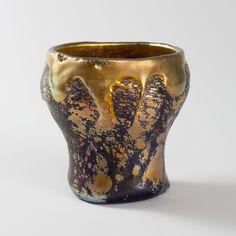 Tiffany Art, Tiffany Glass, Studio New York, Lava, Pots, Louis Comfort Tiffany, Stained Glass Lamps, 3d Max, Glass Design