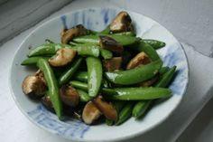 Stir Fry Sugar Snap Peas and Mushrooms