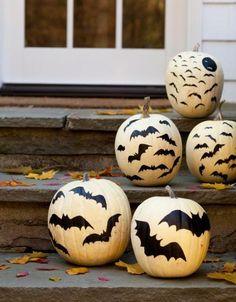 pumpkin decorating painted bats