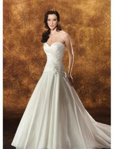 Simple Sweetheart Rouched Bodice with A line Skirt and Chapel Train Wedding Gown
