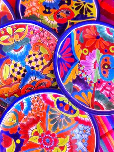 Beautiful colors of Mexican Talavera Pottery! Mexican Colors, Mexican Style, World Of Color, Color Of Life, Talavera Pottery, Deco Boheme, Mexican Designs, Mexican Folk Art, Decoration Table