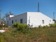 Algarve, Thermal Insulation, Garage Doors, Exterior, Outdoor Decor, Home Decor, Insulation, Arquitetura, Facades