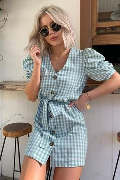 Nice Dresses, Short Dresses, Look Fashion, Fashion Outfits, Summer Outfits, Cute Outfits, Vintage Pants, Looks Chic, Crop Top Shirts