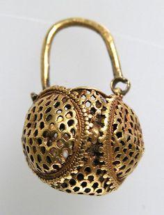 bolso en oro