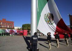 Conmemora Metepec el día de la bandera nacional
