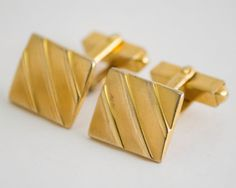 Vintage Cufflinks Ribbed Square Front Classic by CuffsandClips