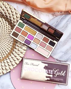 Too Faced released this delicious looking eyeshadow palette! so many colorful shades for tons of makeup look inspiration and designs! This palette is such beauty goals! Flawless Makeup, Skin Makeup, Beauty Makeup, Makeup Stuff, Beauty Bar, Makeup Geek, Under Eye Makeup, Hooded Eye Makeup, Too Faced