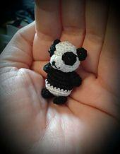 Ravelry: Panda pattern by Conni Hartig.. Free pattern!