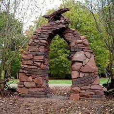 38 Stunning Stone Moon Gate - Home Design Garden Structures, Outdoor Structures, Stone Archway, Art Pierre, Moon Gate, Rock Sculpture, Garden Arches, Garden Entrance, Stone Masonry