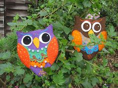 I can't believe it is July already and we are more then half way through our Sewingroom SewAlong! This months theme is Scissor case / etui. Owl Classroom, Old Greeting Cards, Hand Painted Gourds, Felt Owls, Christmas Owls, Owl Crafts, Owl Art, Bird Art, Needle Book