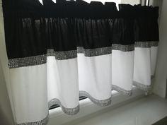 Zazdrostka nowoczesna glamour lambrekin firanka diamenty bawełna czarna biała Diy Bedroom Decor, Home Decor, Valance Curtains, Home, Dressmaking, Decoration Home, Room Decor, Home Interior Design, Valence Curtains
