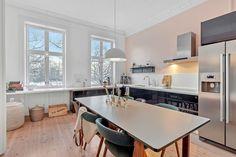 FINN – Grünerløkka - Rålekker, klassisk leilighet m/vinduer mot park. God takhøyde, tregulv, rosetter, stukkatur og peis