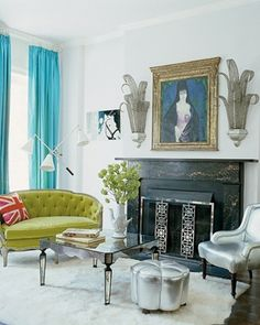 Old hollywood glamour decor- Yep I think that sums my design aesthetic- Love the stool, coffee table and accent chair. Glamour Decor, Elle Decor, Green Rooms, Blue Rooms, Bright Rooms, Home Deco, Victorian Townhouse, Living Vintage, Vintage Sofa
