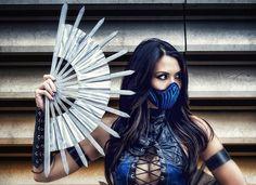Kitana Mortal Kombat Cosplay
