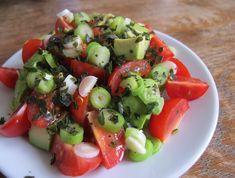 Pillanatok alatt kész!A nagy melegben üdítő élmény lehet ez a frissítő saláta, amit bármikor könnyedén összedobhatsz vacsorára.