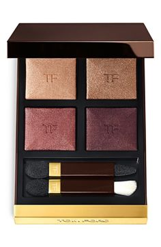 The warm shimmery shades of the Tom Ford 'honeymoon' eyeshadow quad are perfect for achieving glowing smokey eye this fall.