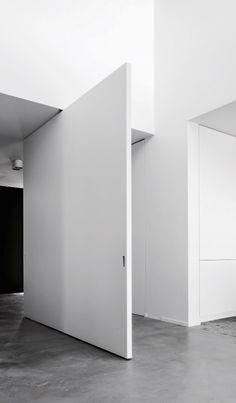 Govaert & Vanhoutte Architects | © Thomas de Bruyne (cropped + BW)