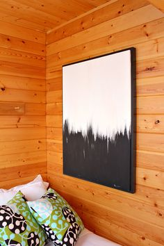 Easy DIY Art // Black and White Abstract Painting Pops Against Natural Pine Paneled Walls in Scandinavian Inspired Guesthouse Bunkie Bedroom // Scandinavian Inspired Cottage Decor Diy Wand, Abstract Canvas Art, Diy Canvas Art, Abstract Painting Easy, Black And White Wall Art, Bedroom Art, Diy Painting, Easy Diy, Simple Diy