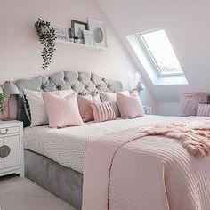 Best 27 Room Decor Bedroom Design Ideas For Your Inspiration Bedroom Decor Grey Pink, Cheap Bedroom Decor, Bedroom Decor For Couples, Cute Bedroom Ideas, Cute Room Decor, Room Ideas Bedroom, Girl Bedroom Designs, Stylish Bedroom, Gold Bedroom