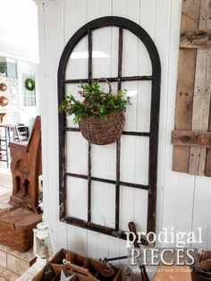 Farmhouse Living Room with Architectural Salvage Decor by Larissa of Prodigal Pieces | prodigalpieces.com #prodigalpieces #diy #trashure #farmhouse