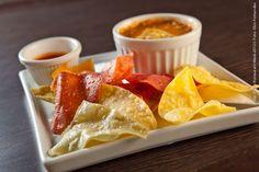 Don Miguel Mexican Bar (jantar)    Chili  Combinação entre Frijoles, carne moída e exclusivo molho Peppers, acompanham crocantes Totopos Chips de milho