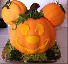 Mickey mouse pumpkin cake