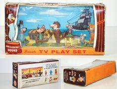 Tinykins Huckleberry Hound TV Playset (1964)