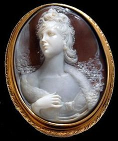 Cameo Brooch - love the detail and lady's profile and hand