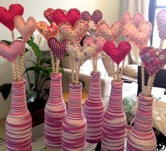 Personalized glass bottles with wool and hearts, made with a lot of affection … - Glass Bottle Crafts, Diy Bottle, Bottle Art, Glass Bottles, Diy And Crafts, Crafts For Kids, Recycled Crafts, Diy Y Manualidades, Valentine's Day Diy