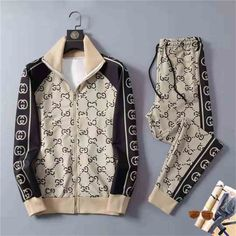 Gucci Jacket Mens, Gucci Men, Swag Outfits, Casual Outfits, Men Casual, Camisa Gucci, Mens Tracksuit Set, Designer Tracksuits, Save The World